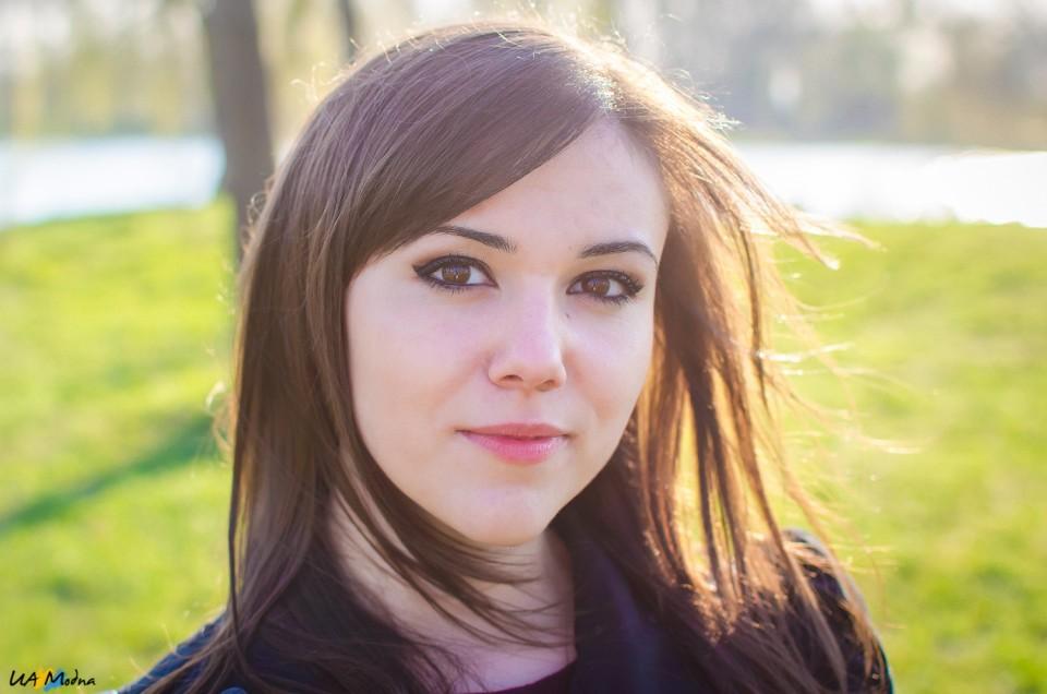 Леона Вишневська